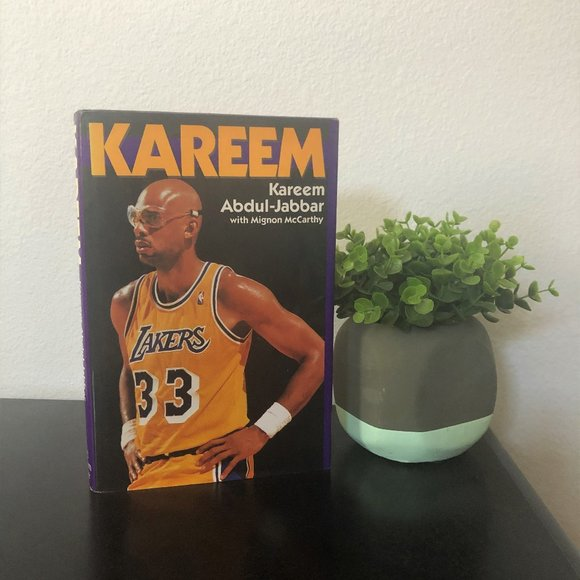 Other - Los Angeles Lakers Kareem Abdul-Jabbar Book